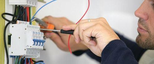 Elektrotechniek aansluiten